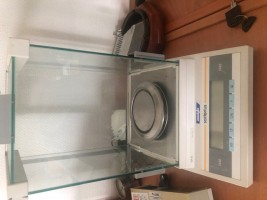 SARTORIUS SCALE .  SARTORIUS   Used - Second Hand Textile Machinery