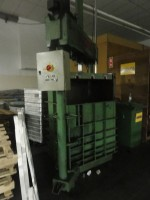 Bales press for flock GUALCHIERANI . .  GUALCHIERANI 1991/1995  Used - Second Hand Textile Machinery