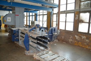 Horizontal bale press for flock or waste LTG . .  LTG 1995  Used - Second Hand Textile Machinery