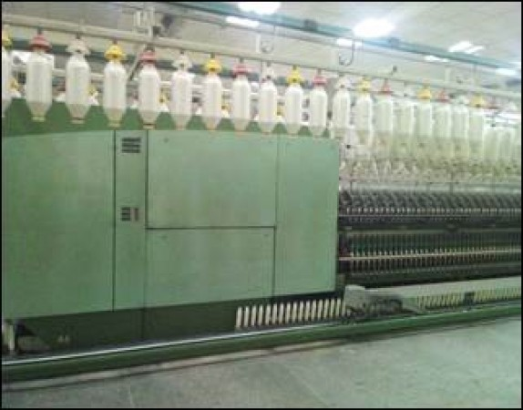 RIETER G33 Ring frames linked with winder  - Second Hand Textile Machinery 1999