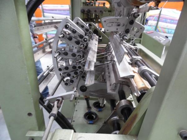 Crocheting machine BOEGLI . - Second Hand Textile Machinery +/- 1998