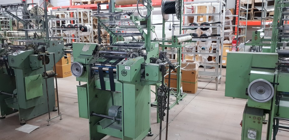 MULLER Crocheting machine RD / RD3 and Raschelina - Second Hand Textile Machinery 1988-90-91-92-93-94