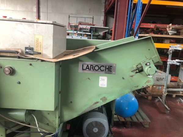 Cutting machine LAROCHE CR 300 - Second Hand Textile Machinery 1988