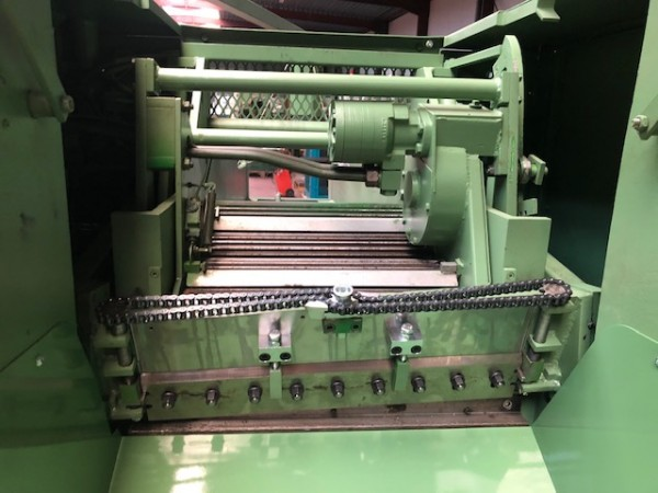 Cutting machine PIERRET CT60 - Second Hand Textile Machinery 1993