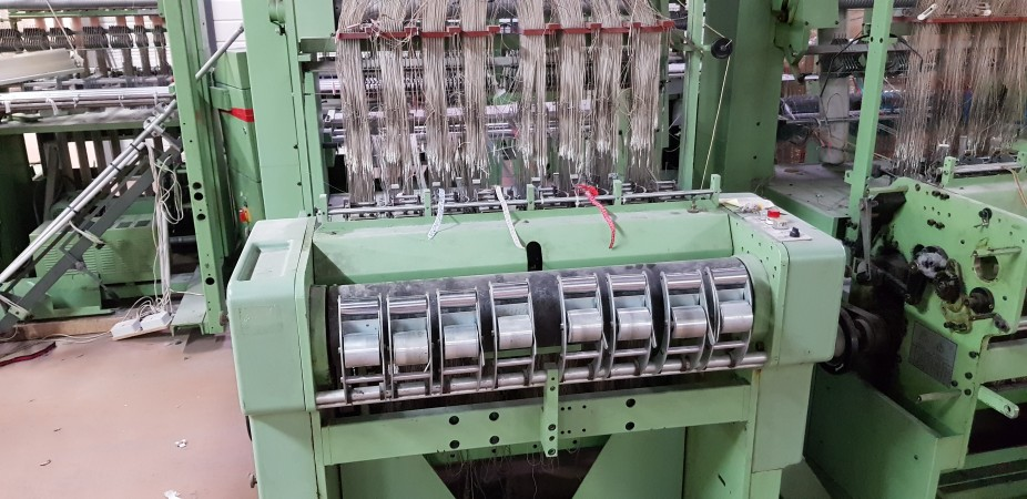 MULLER MVC Label looms  - Second Hand Textile Machinery 1989 / 1992