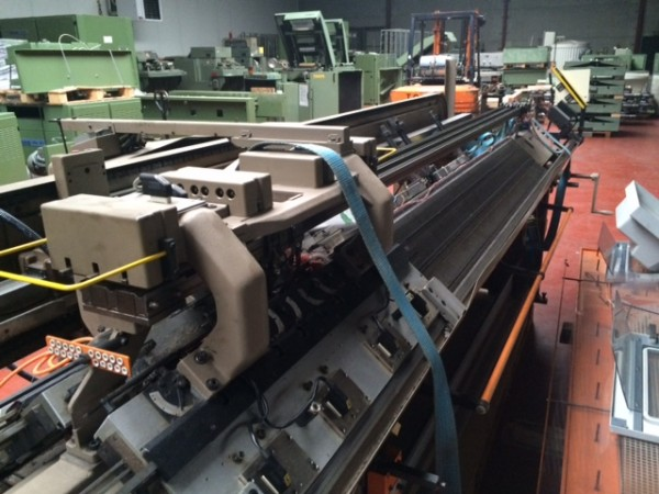 Flat knitting machine STOLL CNCA-3B - Second Hand Textile Machinery