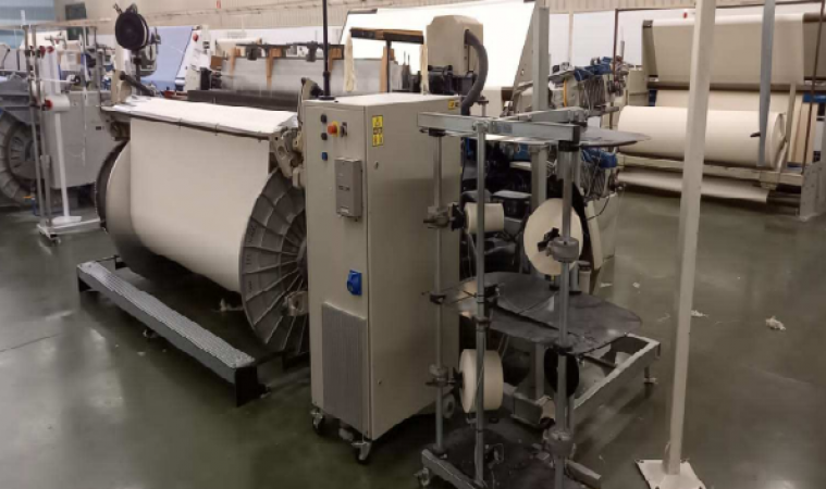 PICANOL OMNI PLUS 800 Air jet looms  - Second Hand Textile Machinery 2005