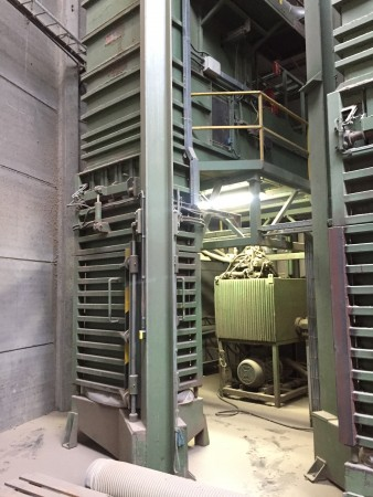 CINTI Bale press for flock . - Second Hand Textile Machinery