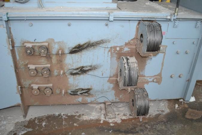 Presses à bales horizontale pour bourre ou déchet LTG .  - Occasion 1995