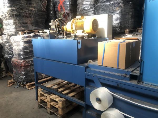 Presses à bales horizontale pour boure ou déchet ROITHER MASCHINENBAU .  - Occasion 2010