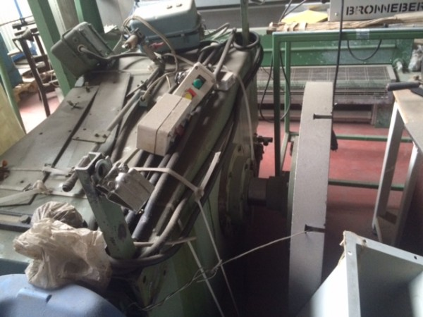 ST ELOI Bumps press - Second Hand Textile Machinery
