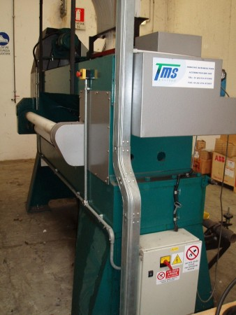 TMS TUFTING Machine  - Second Hand Textile Machinery 2006